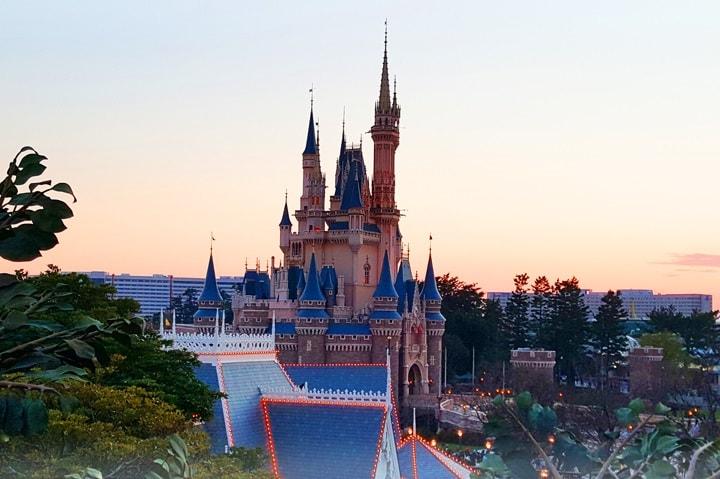 夕方のシンデレラ城